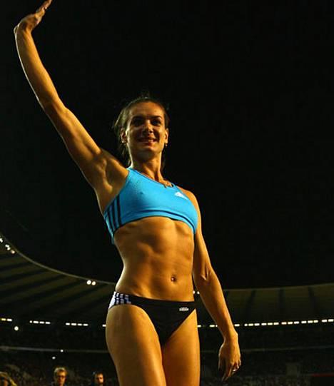 Jelena Isinbajeva lähtee miljoonajahtiin.