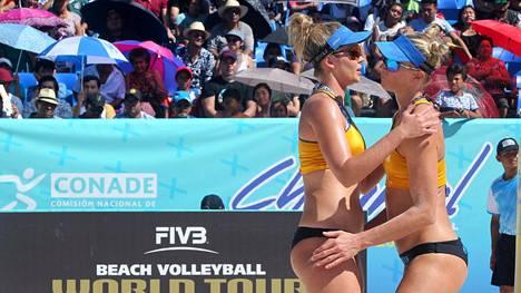 Riikka Lehtonen ja Niina Ahtiainen yhdeksänsiä Meksikon beach volley -turnauksessa