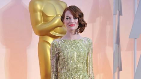 Emma Stone oli yksi illan kuningattarista.