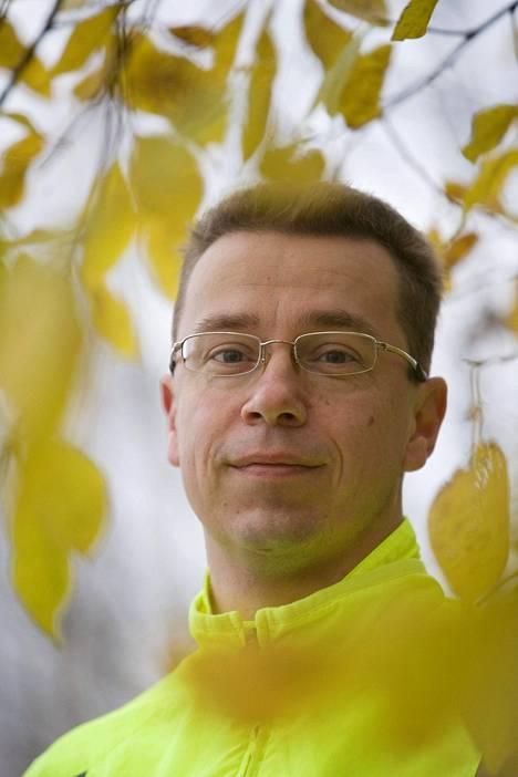 –Totta kai täydellisen varmuuden saaminen on hankalaa. Ja se desinfioiminen koko ajan on tuskaisen iso prosessi, UKK-instituutin johtaja Tommi Vasankari sanoo.