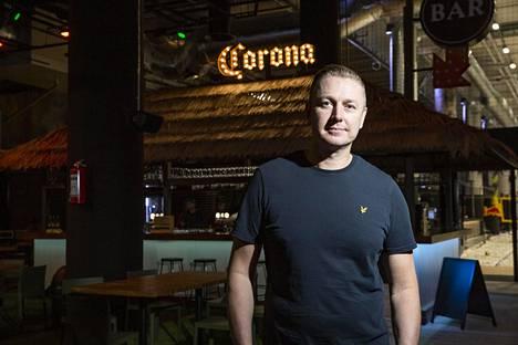 Janne Miikkulainen palasi Suomeen jo viisi vuotta sitten, mutta hänellä on edelleen yrityksiä Thaimaassa.