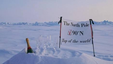 Pohjoisnavan matkapakettiin sisältyvät kaikki mukavuudet. Kuva on yrityksen markkinointimateriaalia.