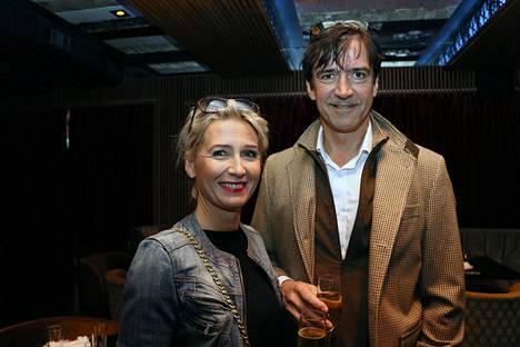 Suomen YK-lähettiläs Kai Sauer ja Amchamin New Yorkin-toimistoa johtaja Erika Sauer järjestivät oman vappuillallisen edellispäivänä.