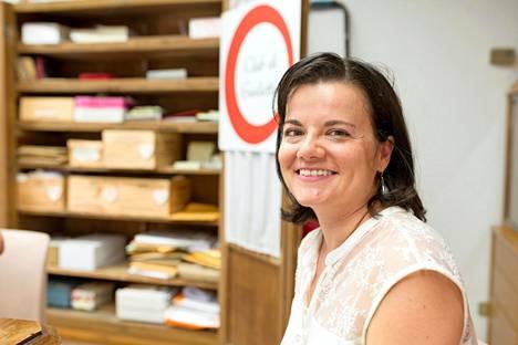 Veronica Mesaroli on nauttinut klubilla työskentelystä, sillä hän rakastaa kirjoittamista ja rakkauskirjeiden maailma on hänestä kiehtova.