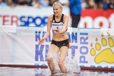 Sandra Erikssonin 9.31,88 on kauden kolmanneksi kovin aika Euroopassa.