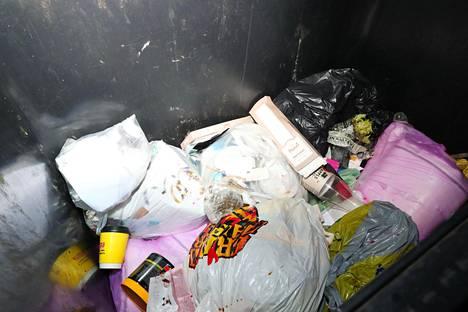 Kaikissa taloyhtiöissä ei lajitella jätteitä.