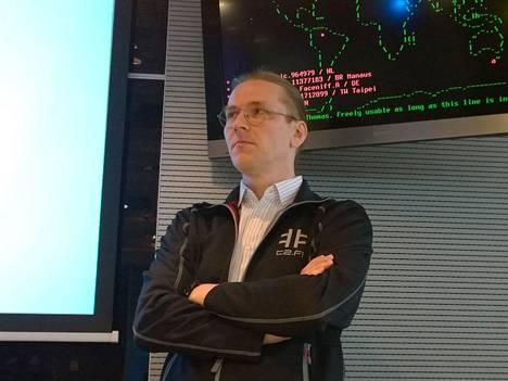 Mikko Hyppösen mukaan jäljet johtavat sylttytehtaalle.