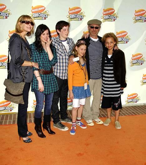 Kate Chapshaw ja Steven Spielberg lapsineen Kaliforniassa 2007.