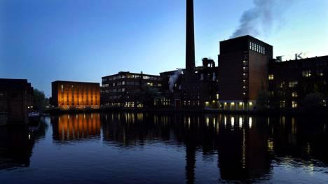 Tampereen kaupunki kulutti viime vuonna rahaa selvästi enemmän kuin sillä oli tuloja.