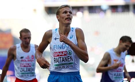 Topi Raitasen alkuerän voittoaika 8.28,48 on 22-vuotiaan juoksijan uusi ennätys.