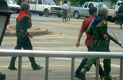 Väkivaltaisuudet jatkuvat Myanmarissa eli entisessä Burmassa.