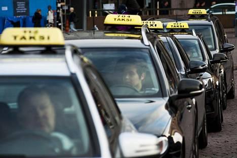 Taksikuskin tulot saattavat olla epävarmat.