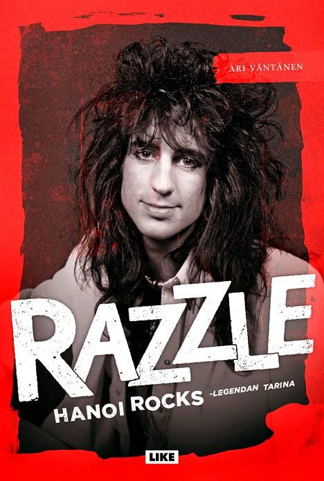 Ari Väntäsen kirjoittamassa uutuuskirjassa kerrotaan, miten Razzlesta tuli maailmanmaineeseen yltänyt rumpali.