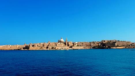 Maltan kaupunkikuva on karun kaunis.