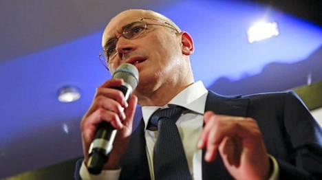 Mihail Hodorkovski kiitti vuolaasti mediaa siitä, että sen luoma paine edesauttoi hänen vapautumistaan.