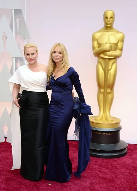 Näyttelijäsiskokset Patricia ja Rosanna.
