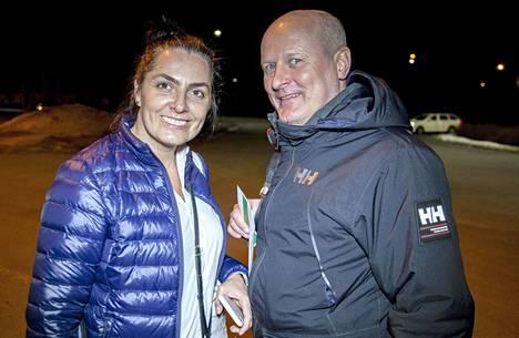 Seppo ja Tanja yrittivät ostaa Italiasta hengityssuojaimia, mutta ne olivat loppu.