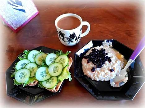 Jennan aamupala näyttää tätä nykyä esimerkiksi tällaiselta.