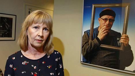Sari Leskinen juhlistaa pian vuonna 2006 kuolleen puolisonsa 70-vuotissyntymäpäivää.