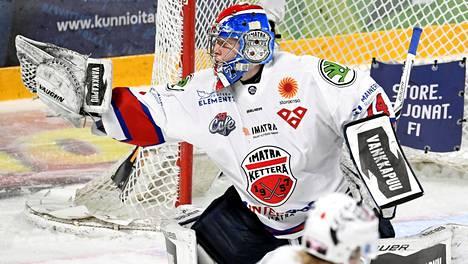 Imatran Ketterä onnistui yllättämään harjoitusottelussa KHL-joukkueen. Arkistokuvassa Ketterän maalivahti Santeri Lipiäinen.