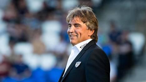 SJK:n valmentaja Alexei Eremenko odottaa seuran uudelta gahanalaispelaajalta paljon.