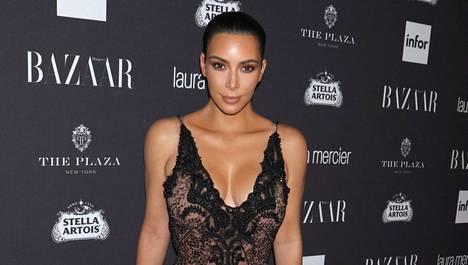 Kim Kardashian joutui brutaalin ryöstön kohteeksi viikko sitten.