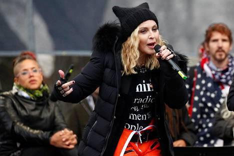 Madonna puhui Washingtonin marssilla.