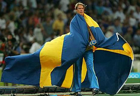 Christian Olsson edustaa sinikeltaisia värejä myös tulevassa Suomi-ottelussa.