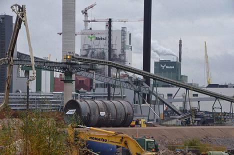Jättikuljetus biotuotetehtaalle syyskuussa.