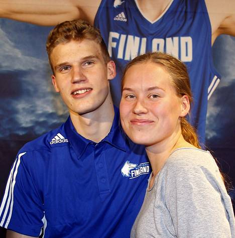 Välivuotta ylioppilaskirjoitusten jälkeen pitänyt Aho on lähdössä Markkasen kanssa ensi kaudeksi Yhdysvaltoihin.