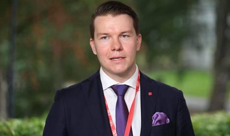 Työllisyysvaliokunnan puheenjohtaja Mikkel Näkkälänjärvi.