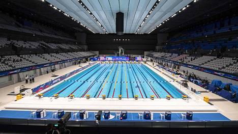 Kuva Tokion Aquaticsista, joka toimii uimalajien kisapaikkana.