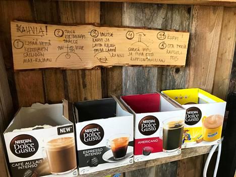 Ohjeet omatoimiseen kahvinkeittoon.