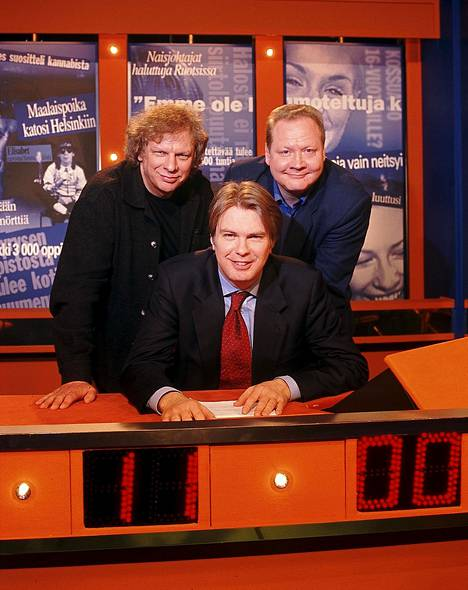 Uutisvuoto vuonna 2001. Tabermann, Peter Nyman ja Jari Tervo.