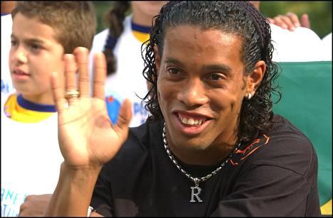 Ronaldinho muistetaan käsittämättömien taitojensa lisäksi aurinkoisesta hymystään.