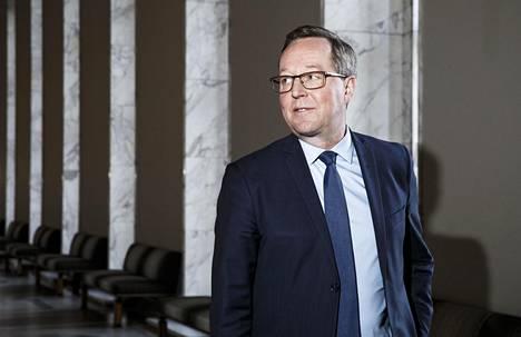 Mika Lintilän mukaan Business Finlandin -tuet olivat nopein tapa auttaa yrityksiä. –Jos silloin olisi lähdetty ideoimaan yleistukimallia, niin meillä ei olisi vielä mitään. Vain valtava määrä konkursseja.
