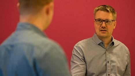 BearIT-yrityksen toimitusjohtaja Teemu Karhu ottaa rekrytoinneissa huomioon aiemman työkokemuksen.