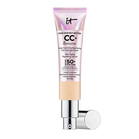 It Cosmeticsin CC-voiteessa on fysikaalinen UVA- ja UVB-suoja suojakertoimella 50+. 39 €, Kicks.