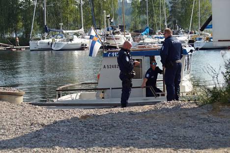 Poliisi etsi ruumista Savonlinnassa loppukesällä 2018.