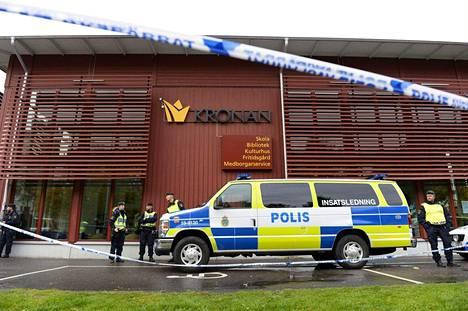 Kronanin koululla torstaina sattunut hyökkäys on ollut suuri järkytys koko Ruotsille.
