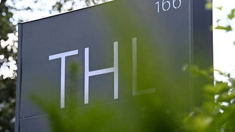 Terveyden ja hyvinvoinnin laitoksen THL:n kyltti Helsingissä 5. heinäkuuta 2021.