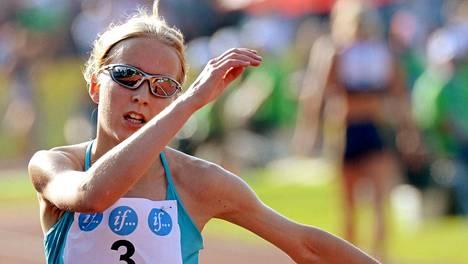 Johanna Peiponen juoksi Lapinlahdella oman ennätyksensä. Arkistokuva.