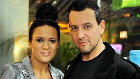 Martina Aitolehti ja Esko Eerikäinen ilmoittivat erostaan hiljattain.