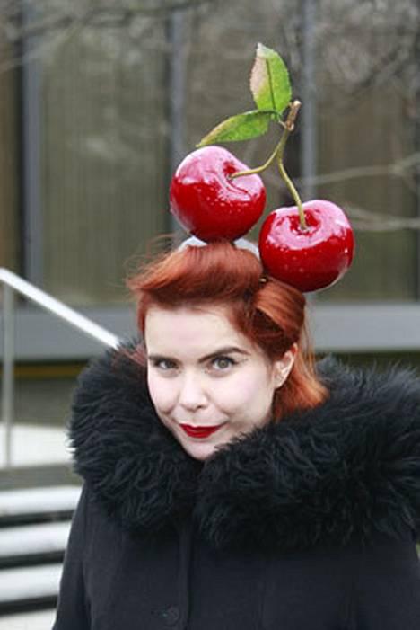 Paloma Faithin vinkki kirsikkafriikeille. Katso muutkin hattukuvat.
