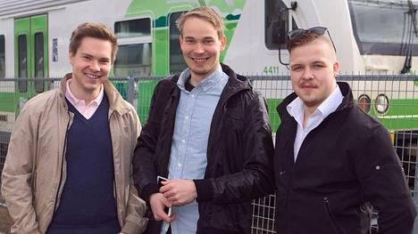 Matkakeisari.fi-sivuston kehittäjiin kuuluvat Petteri Aho, Jari Laari ja Sami-Pekka Muttonen.