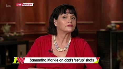 Meghanin puolisisko Samantha on antanut lukuisia kyseenalaisia haastatteluja. Hän on haukkunut siskoaan pyrkyriksi, kyseenalaistanut tämän motiivit ja tylyttänyt brittihovia.
