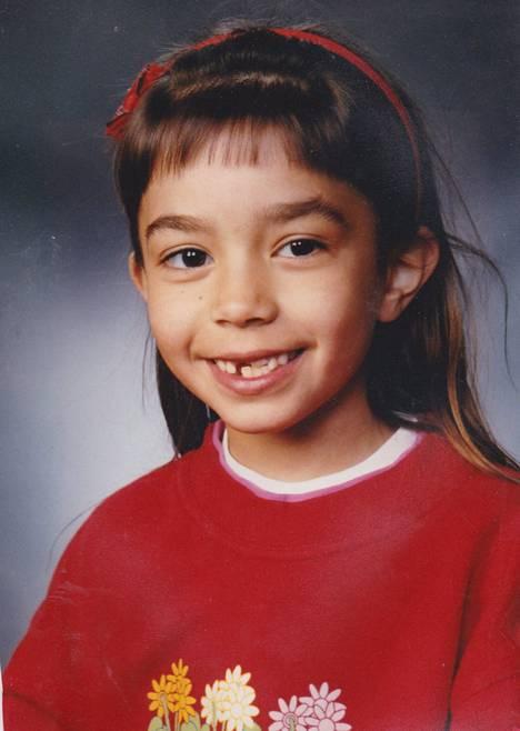 Amanda Harkimo 1. luokalla vuonna 1997.