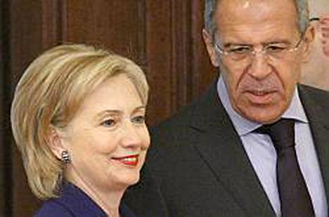 Clinton tapasi kollegansa Sergei Lavrovin.