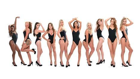 Miss Tampere 2018 finalistit poseeraavat bikineissä.