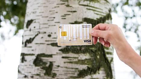 Säästöpankin mukaan koivu on osoittanut sitkeytensä kortinvalmistustesteissä.